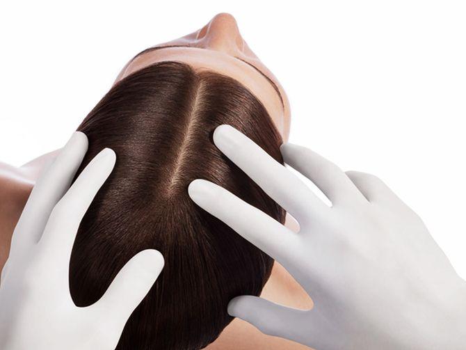 Pielea sensibilă a scalpului poate avea de suferit din cauza unor factori care țin de rutina de îngrijire a părului.