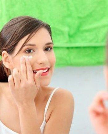 De ce să folosesc o cremă pentru conturul ochilor? Top 5 avantaje