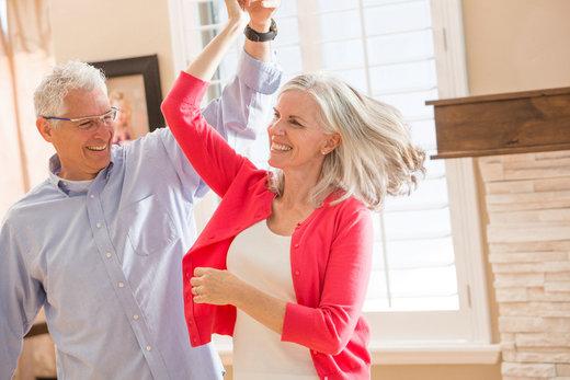 Sfaturi pentru a vă ajuta să faceţi faţă mai ușor procesului de îmbătrânire