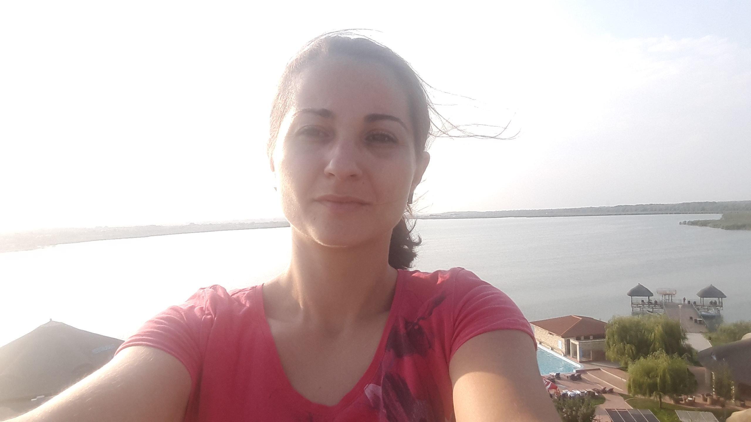 Larisa Maria