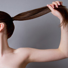 3 modalități pentru a lupta împotriva părului subțire după vârsta de 40 de ani