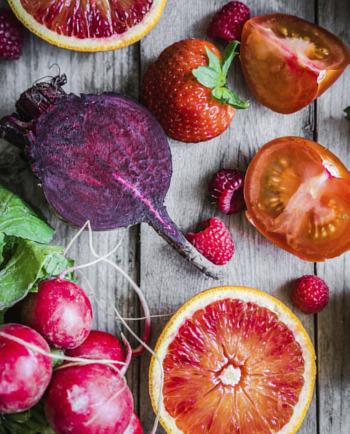 Ghid de alimentație și îngrijire pentru o piele sănătoasă