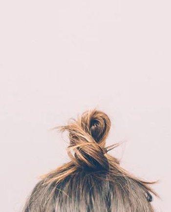 Păr subțire și fragil? Sfaturi și trucuri utile de îngrijire