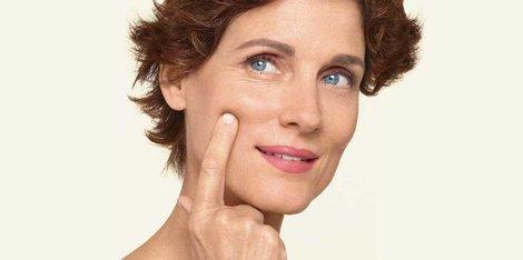 Cum îți îngrijești pielea la menopauză? Cele mai bune sfaturi de urmat
