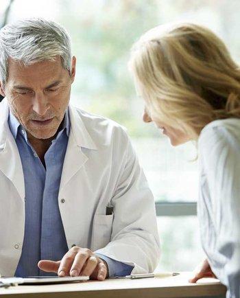 Cât de des ar trebui să mergi la ginecolog când intri la menopauză?